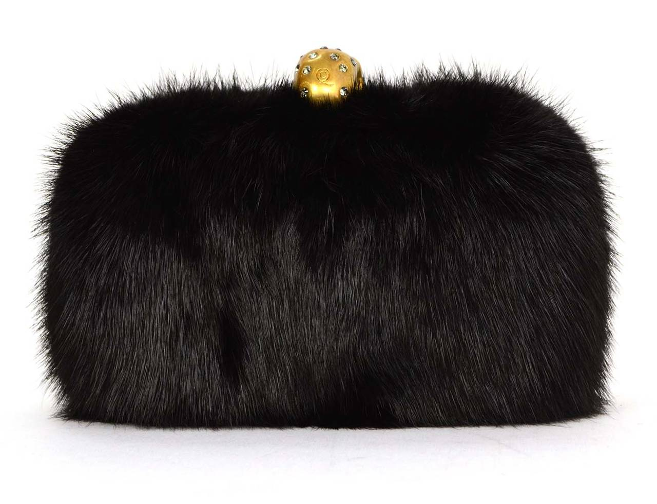 ALEXANDER MCQUEEN Black Fur Skull Clutch GHW In Excellent Condition For Sale In New York, NY