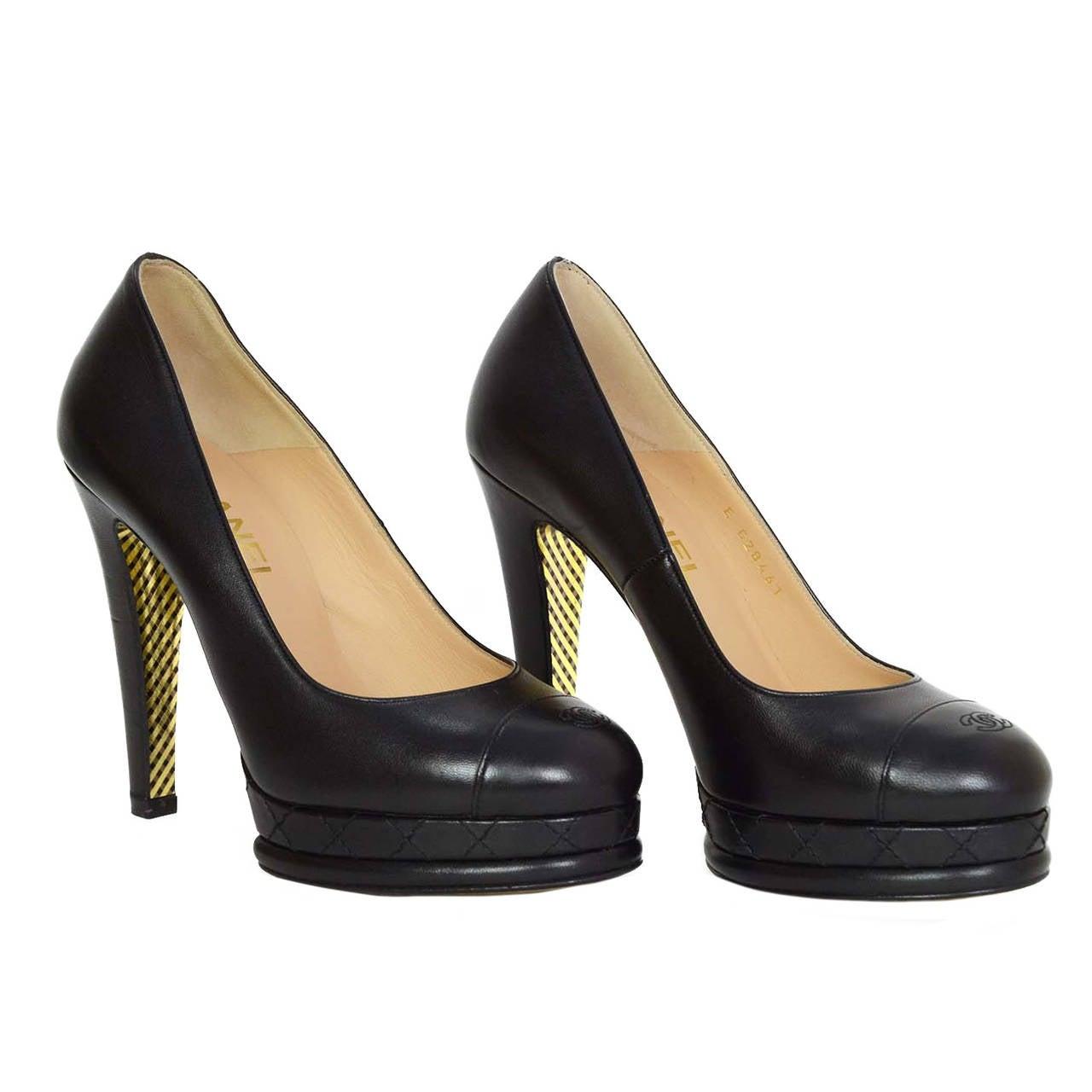 CHANEL Black Leather Round Toe Pumps sz 37 1