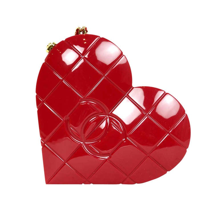 6520a1e77c68 Chanel 2002 Red Resin Quilted Heart Wristlet Clutch Bag at 1stdibs