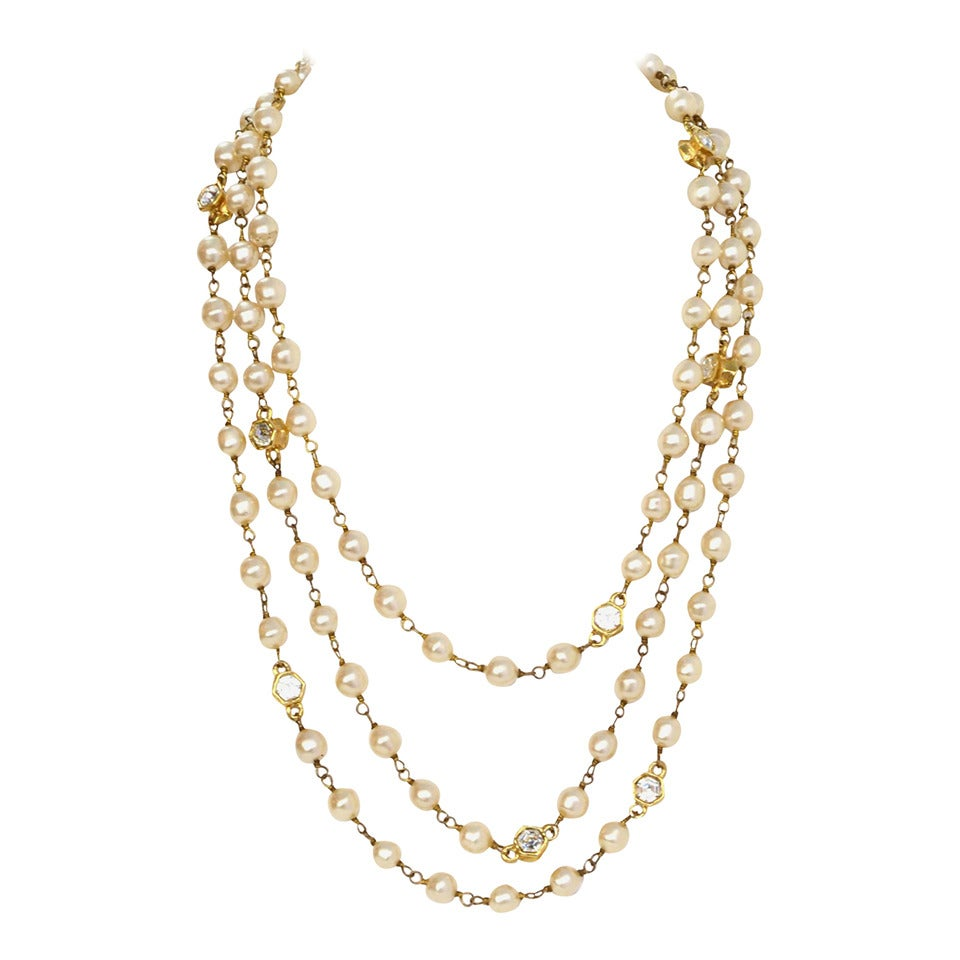 CHANEL Vintage 70's-80's Pearl & Hexagonal Crystal Long Necklace 1