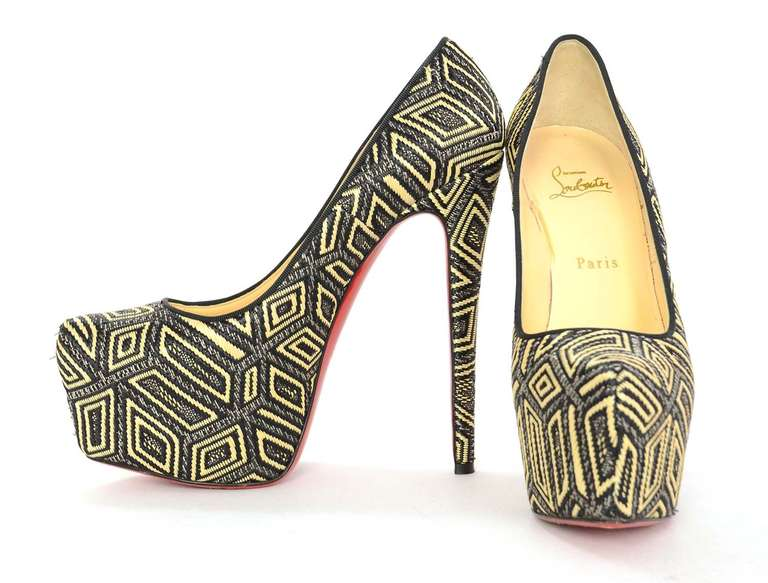 CHRISTIAN LOUBOUTIN Woven Raffia Daffodil Platform Shoes Sz 39 1/2 6