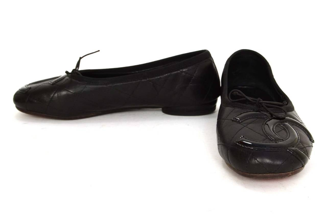 6ee5c55572e CHANEL Black Quilted Leather Cambon Ballet Flats sz 38 For Sale at ...