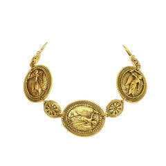 CHANEL Vintage Gold Medallion Choker Necklace