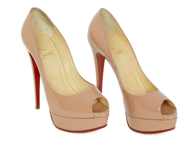 CHRCHRISTIAN LOUBOUTIN Nude Patent Leather Lady Peep Toe Pump Shoes Sz 8.5 2