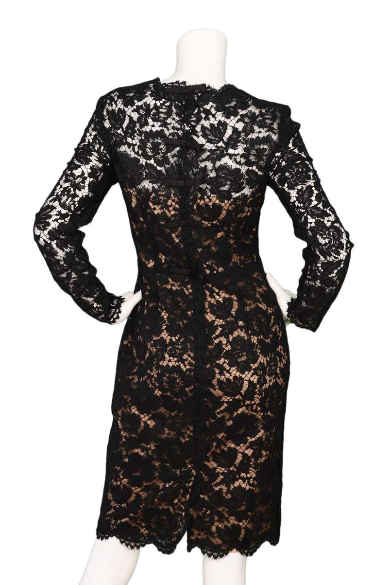 b9115087c1c1 Valentino Black Lace Cocktail Dress with Back Bows sz.6 In Excellent  Condition For Sale