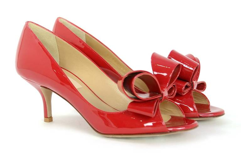 Valentino NEW Red Patent Leather Pep Toe Bow Kitten Heels sz 36 rt ...