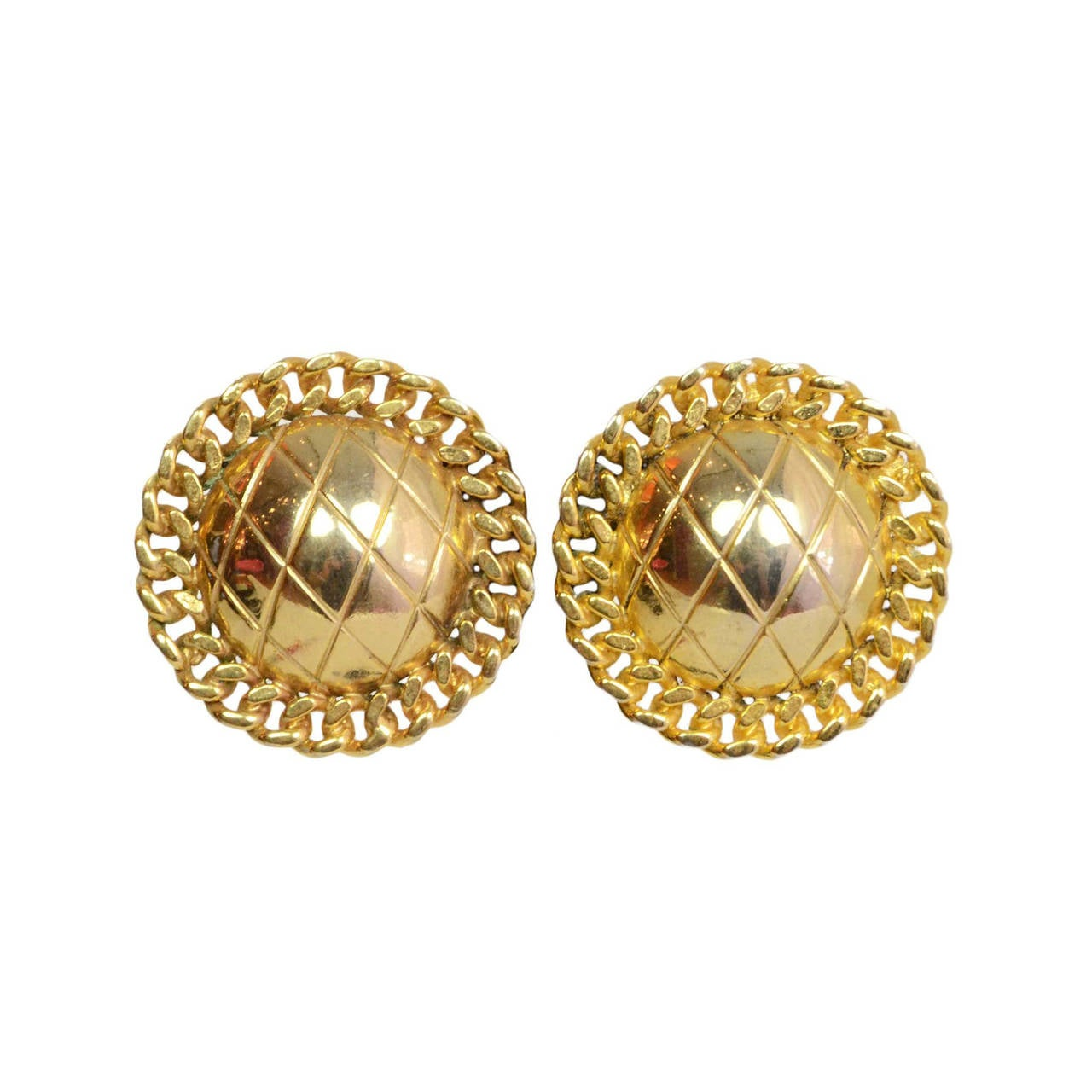 Chanel Vintage '50s'60s Quilted Gold Disc Clip On Earrings 1