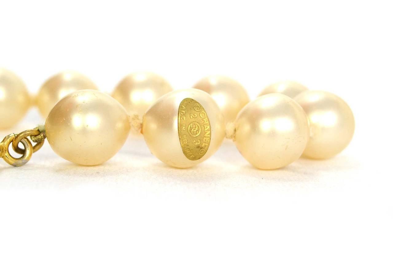 CHANEL Vintage '86 Pearl & Crystal Tear Drop Necklace 5