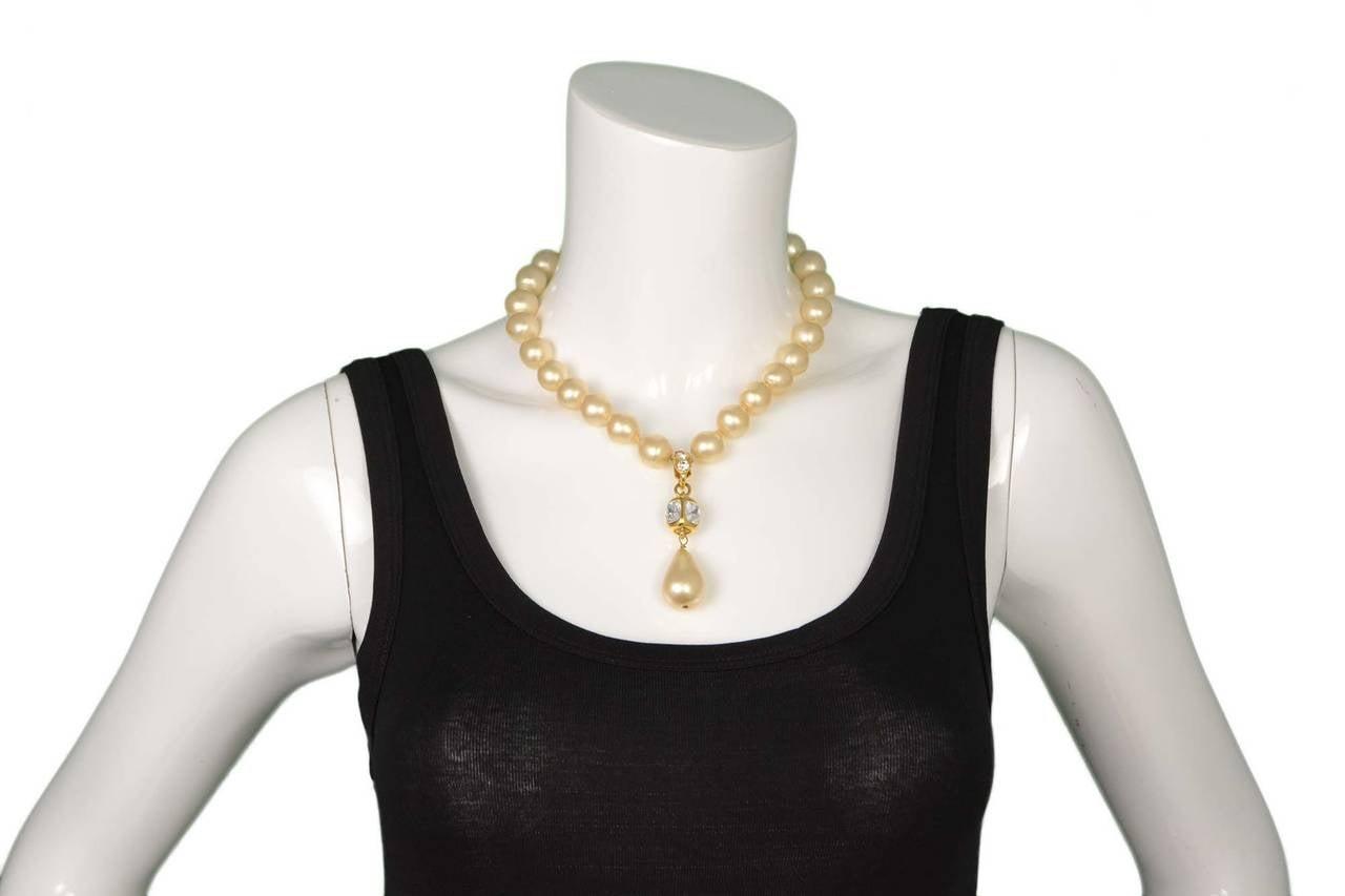 CHANEL Vintage '86 Pearl & Crystal Tear Drop Necklace 7