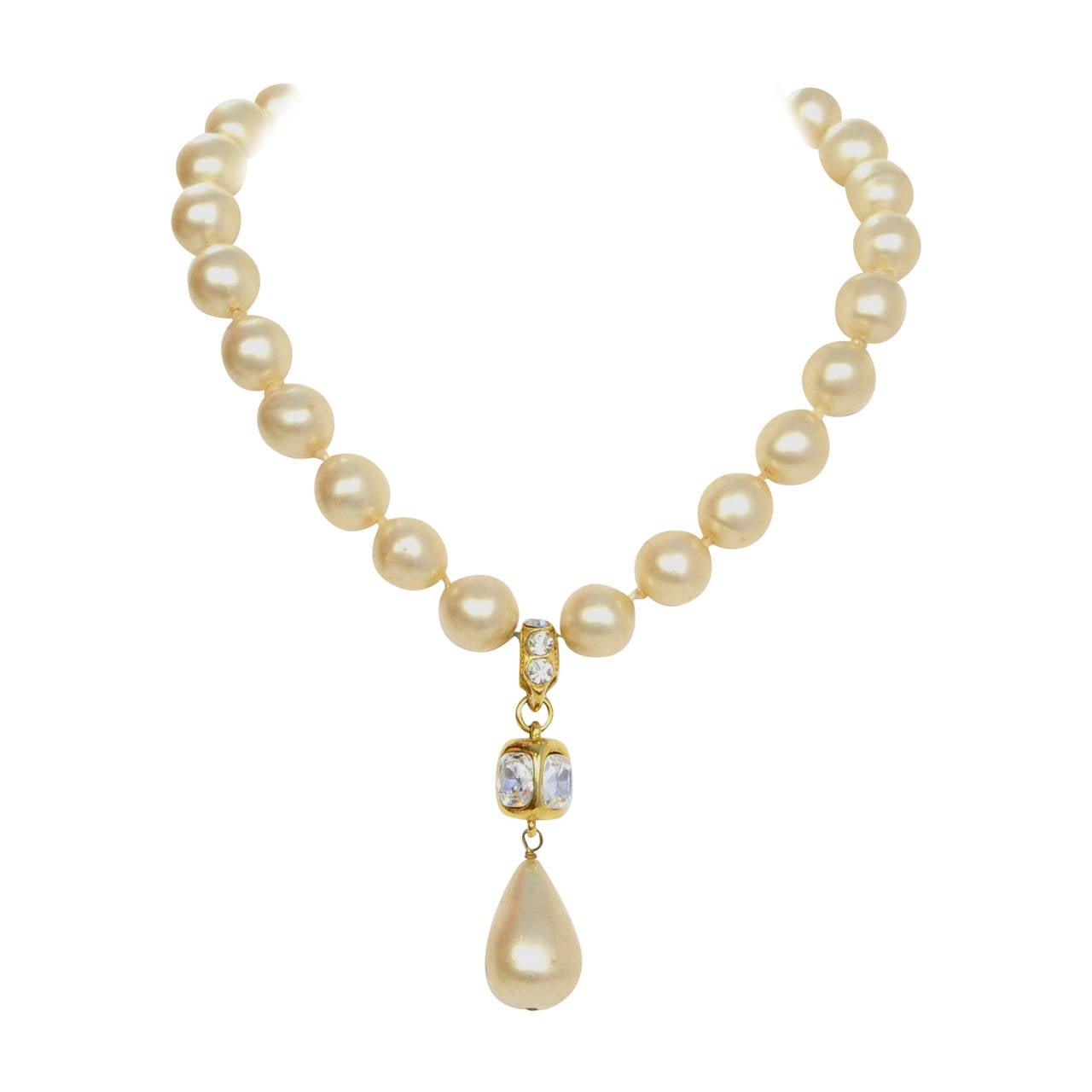 CHANEL Vintage '86 Pearl & Crystal Tear Drop Necklace 1
