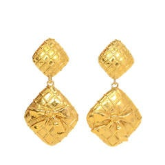 Chanel Vintage '70s Gold Double Diamond & Bow Clip On Earrings