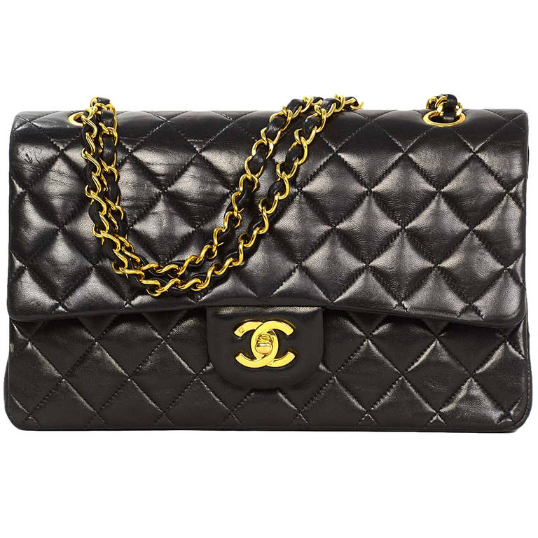 a602ccbd823b CHANEL 90s Vintage Black Lambskin Quilted Double Flap 10