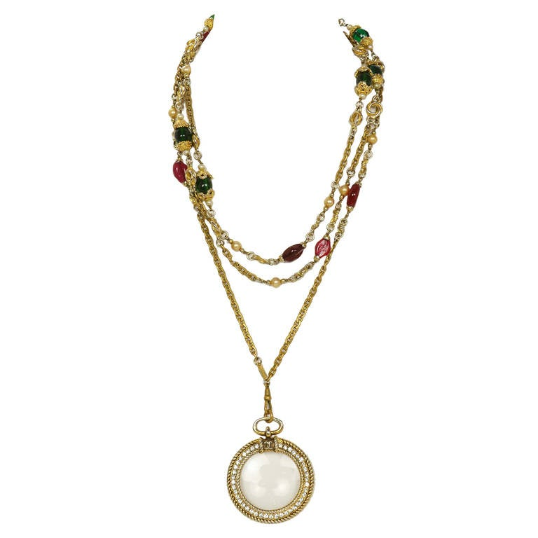 CHANEL 1983 X-Long Magnify Chain Necklace w/ Red & Green Gripoix Stones 1