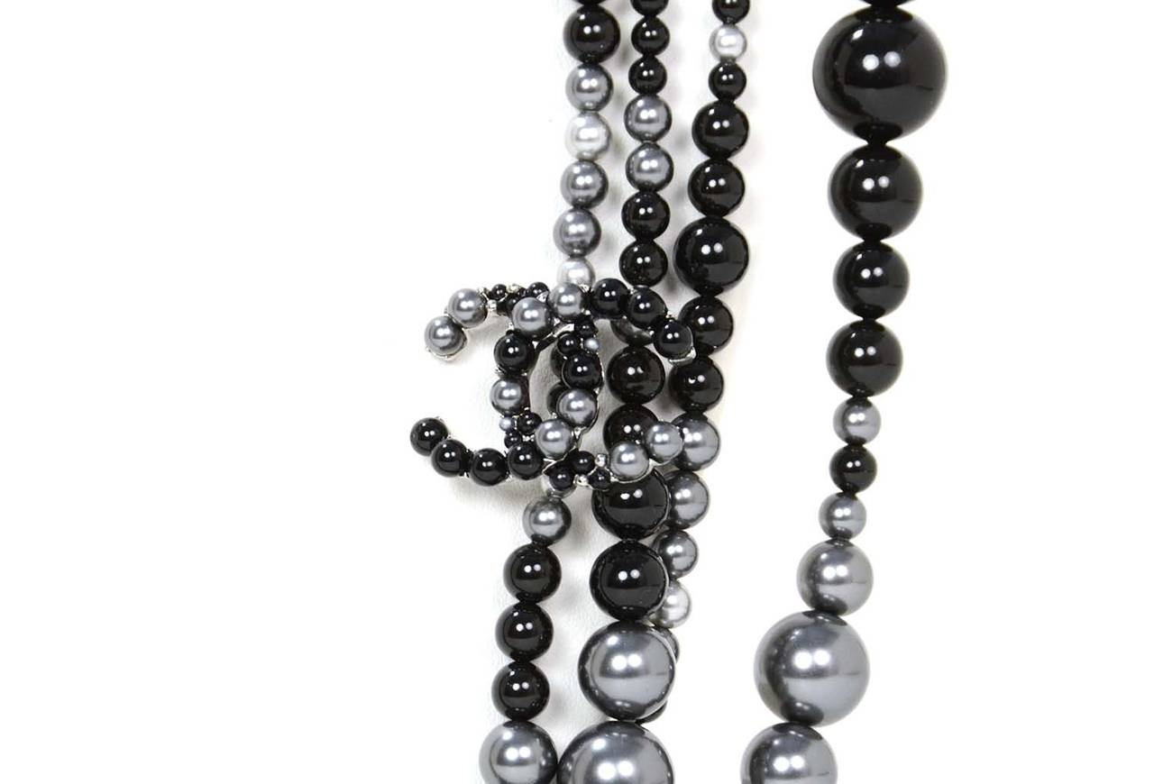 Women's CHANEL 2014 Black & Grey Multi-Strand faux Pearl CC Necklace rt. $3,000 For Sale