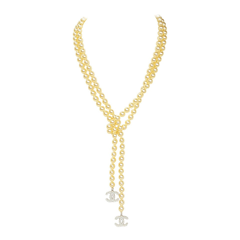chanel 2008 faux pearl lariat necklace w ccs