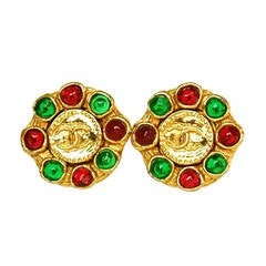 CHANEL Vintage '70s-'80s Gold & Gripoix Clip On Earrings