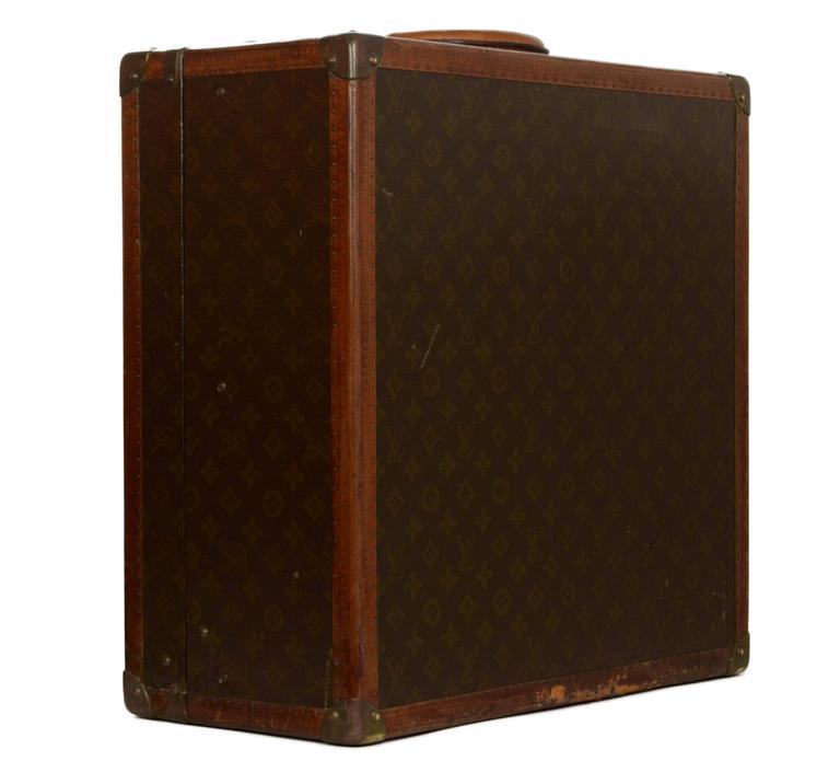 Black Louis Vuitton Vintage Monogram Square Trunk BHW For Sale