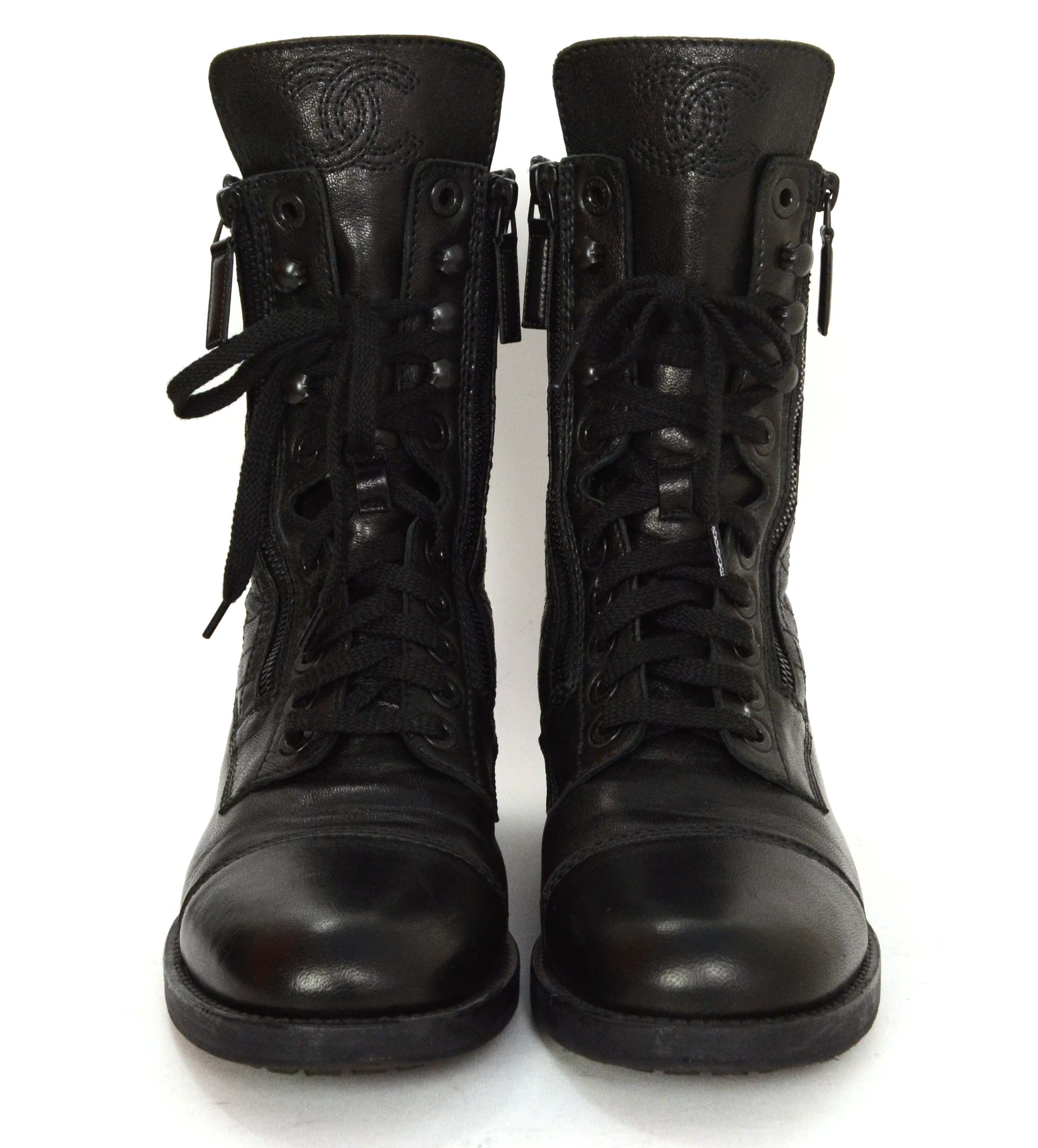 7d2f8be862002 Chanel Black Leather Lace Up Combat Boots sz 39 at 1stdibs