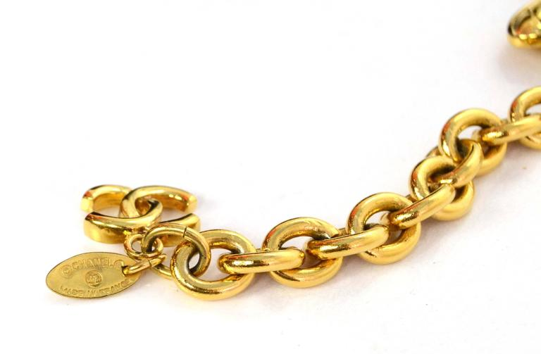 Chanel Vintage '90s Gold Chain Link Belt In Excellent Condition For Sale In New York, NY