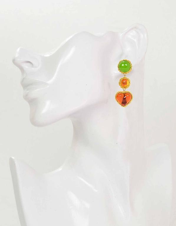 CHANEL Vintage '86 Green Orange Gripoix Clip On Earrings  4