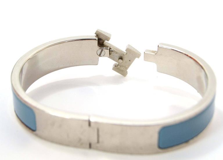 Women's Hermes Blue Jean Palladium Enamel Narrow Clic Clic Bracelet For Sale