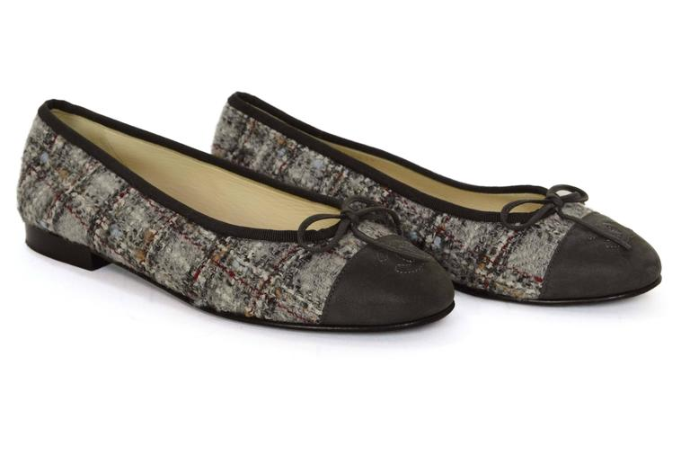 Chanel Light Grey Tweed Ballet Flats Sz 36 5 For Sale At