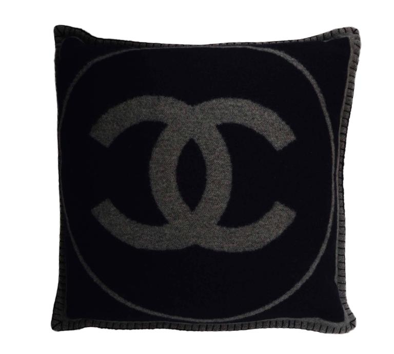 Large Decorative Pillows For Couch