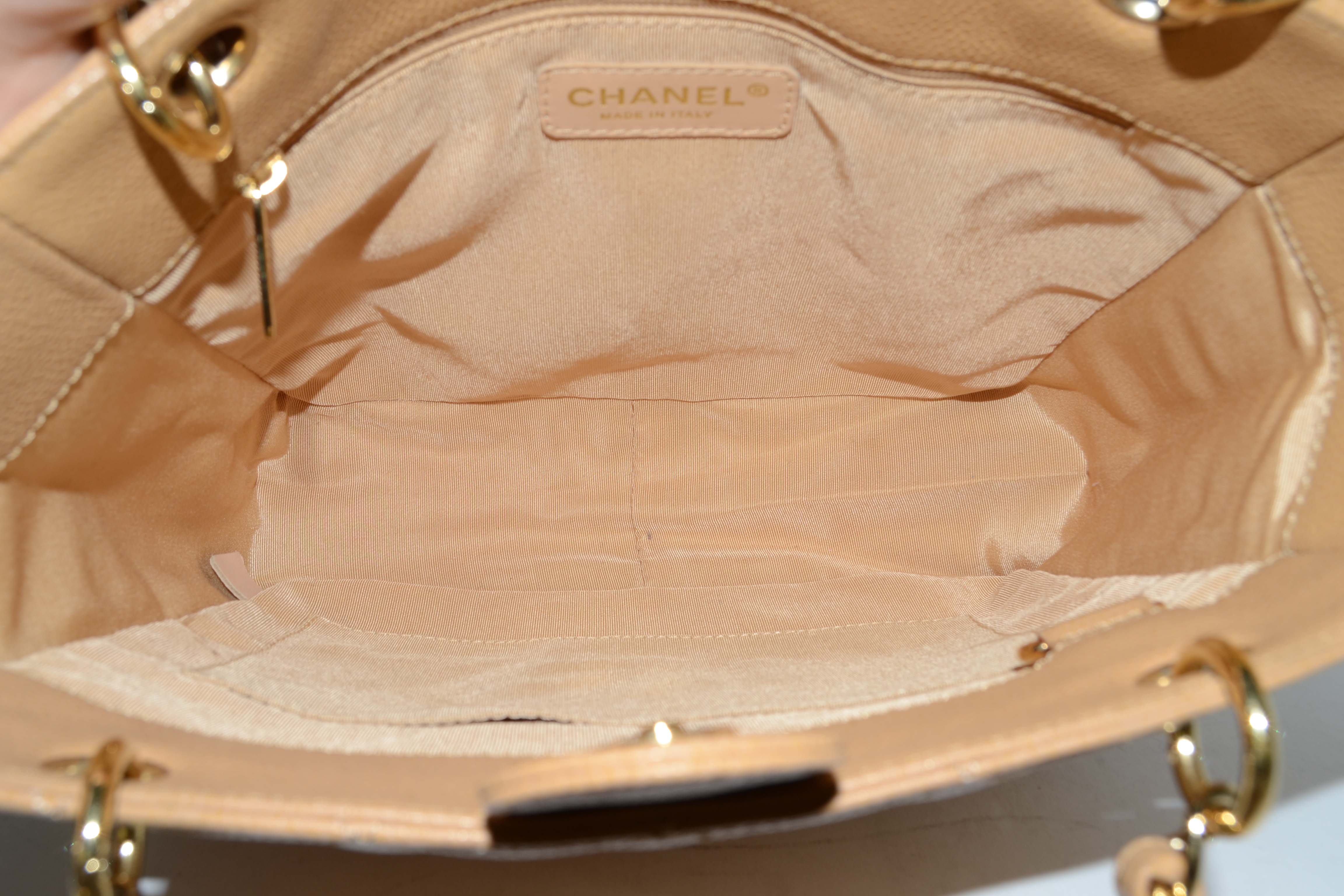 f9ace9fa2a2368 Chanel Nude Quilted Caviar Petite Shopper Tote PST Bag GHW For Sale at  1stdibs