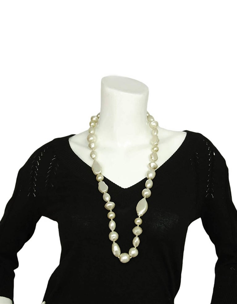 Chanel 1983 Vintage Long Multishape Faux Pearl Necklace Gripoix Closure  For Sale 2