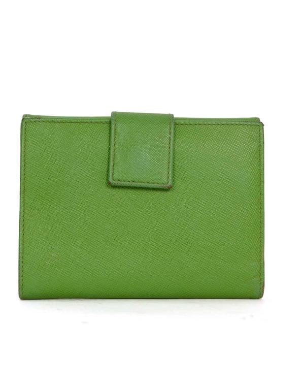 Prada Apple Green Saffiano Short Wallet SHW In Excellent Condition For Sale In New York, NY