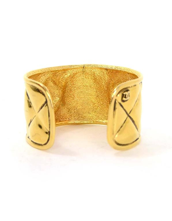 Chanel Vintage 70 S Quilted Gold Cuff Bracelet In Excellent Condition For New York
