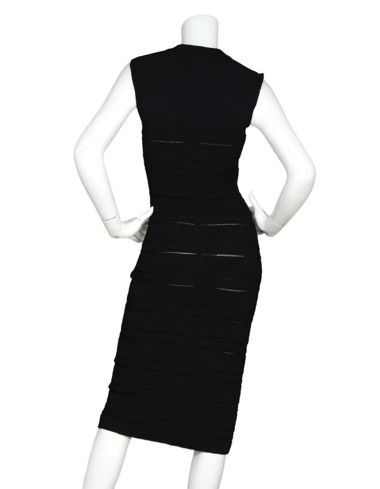 Alaia Black Sleeveless V-Neck Body-Con Dress Sz 38 In Excellent Condition For Sale In New York, NY