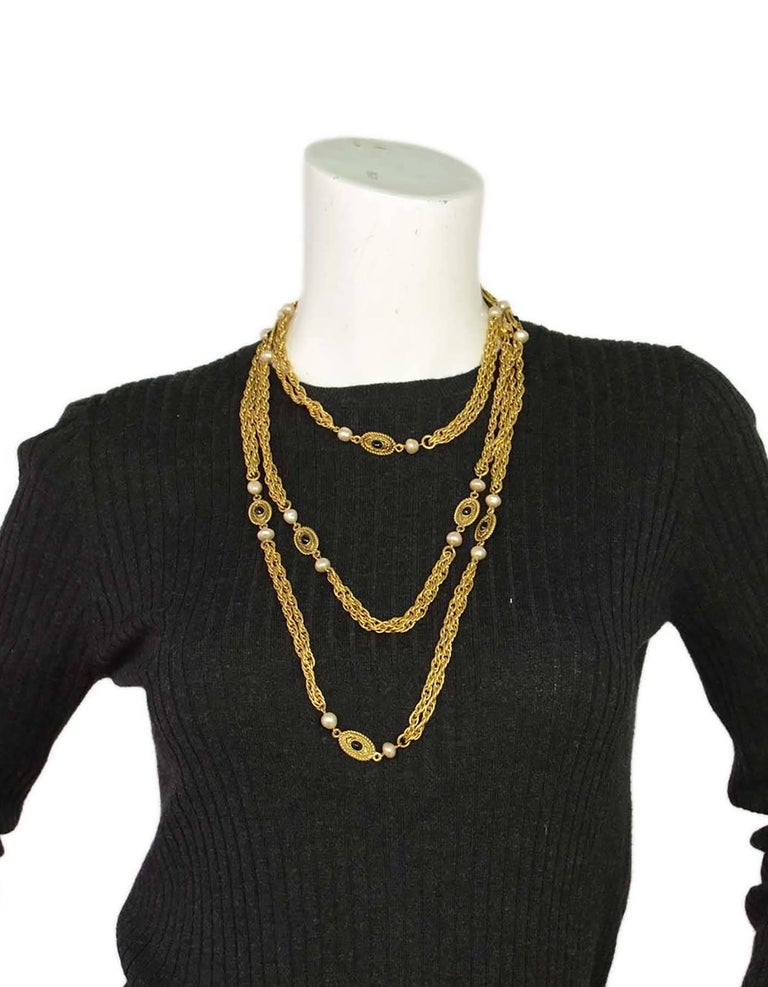 CHANEL Vintage '82 Pearl & Black Beaded Chain Link Necklace For Sale 1