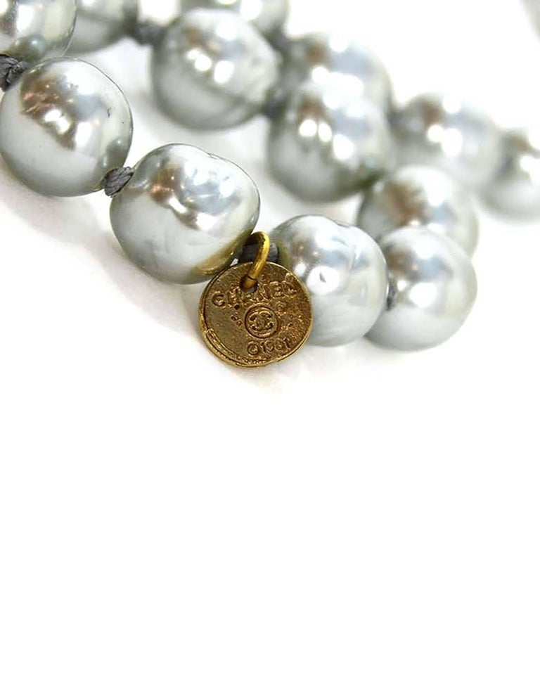 CHANEL Vintage '81 Grey Pearl Long Strand Necklace 5