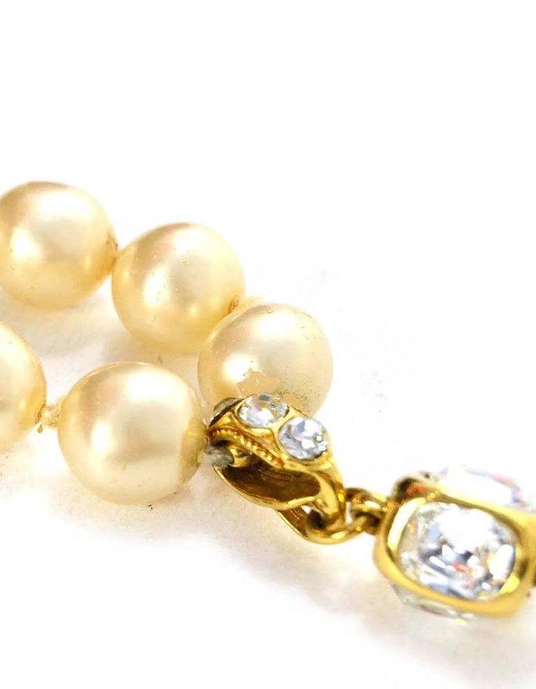 Women's Chanel Vintage '86 Pearl & Crystal Tear Drop Necklace For Sale