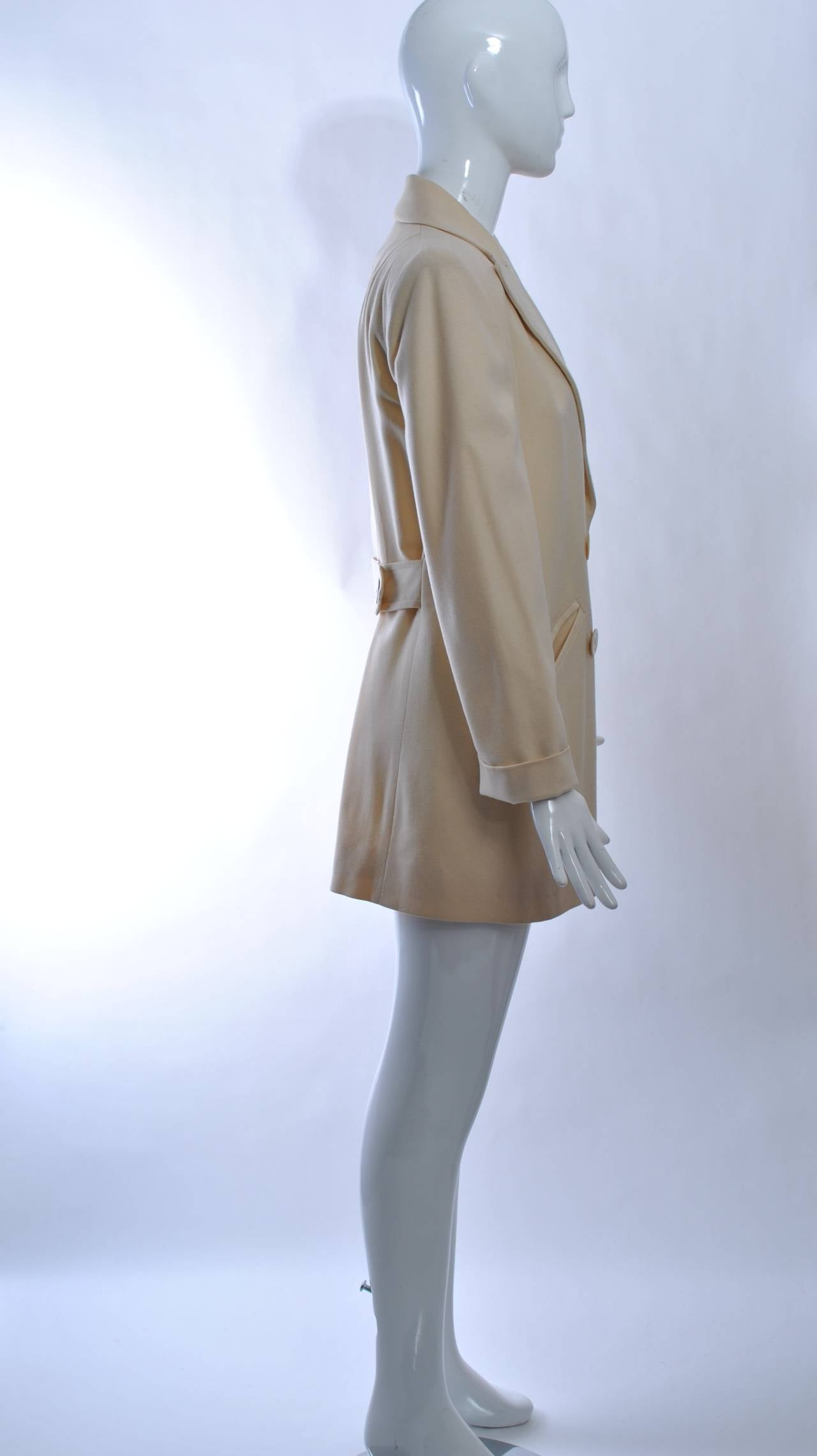 1940s White Wool Jacket In Excellent Condition For Sale In Alford, MA