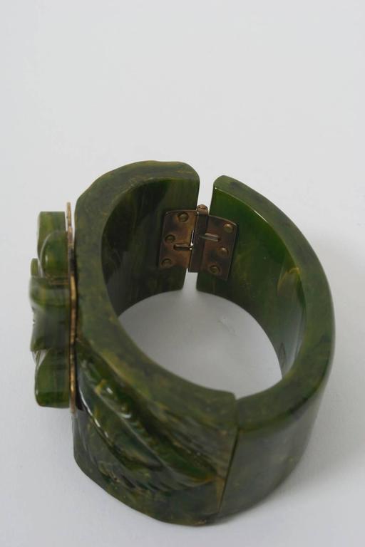 Women's Bakelite Green Hinged Bangle For Sale