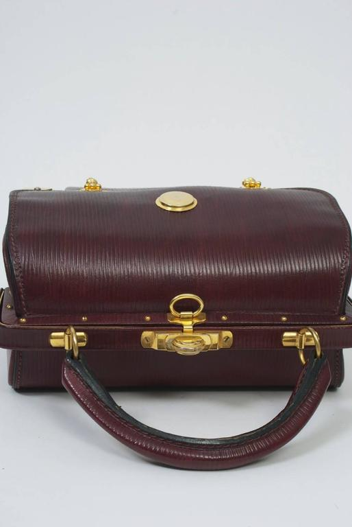 Roberta di Camerino Handbag with Gold Hardware In Excellent Condition For Sale In Alford, MA