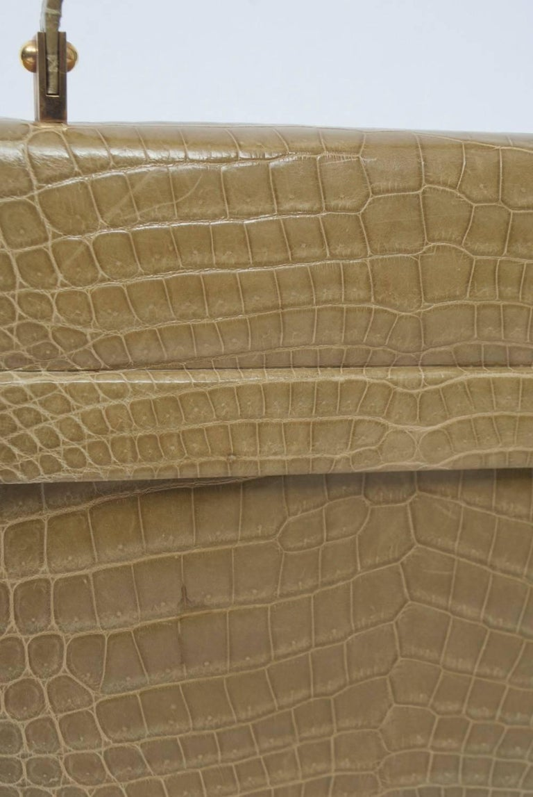 1960s Crocodile Handbag For Sale 4