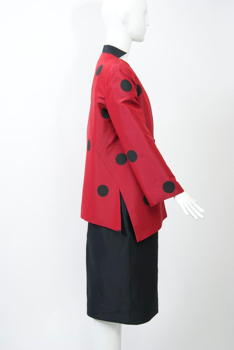 Women's Geoffrey Beene Red and Black Silk Suit For Sale