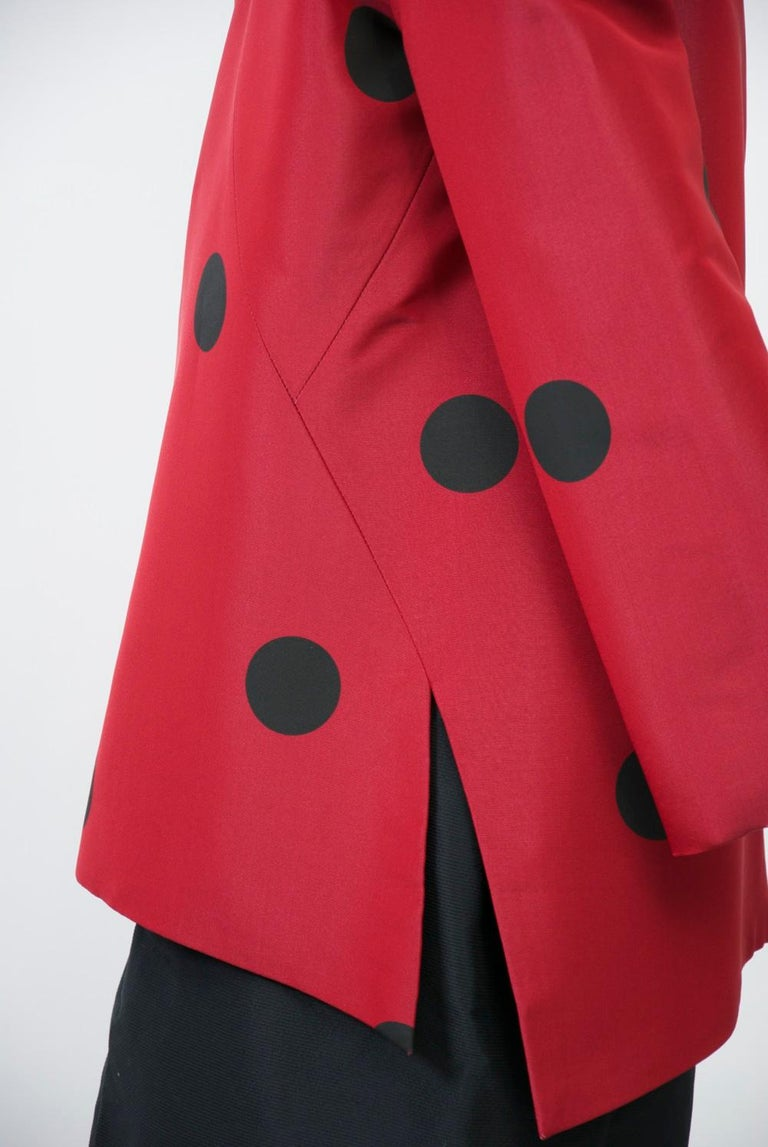 Geoffrey Beene Red and Black Silk Suit For Sale 1