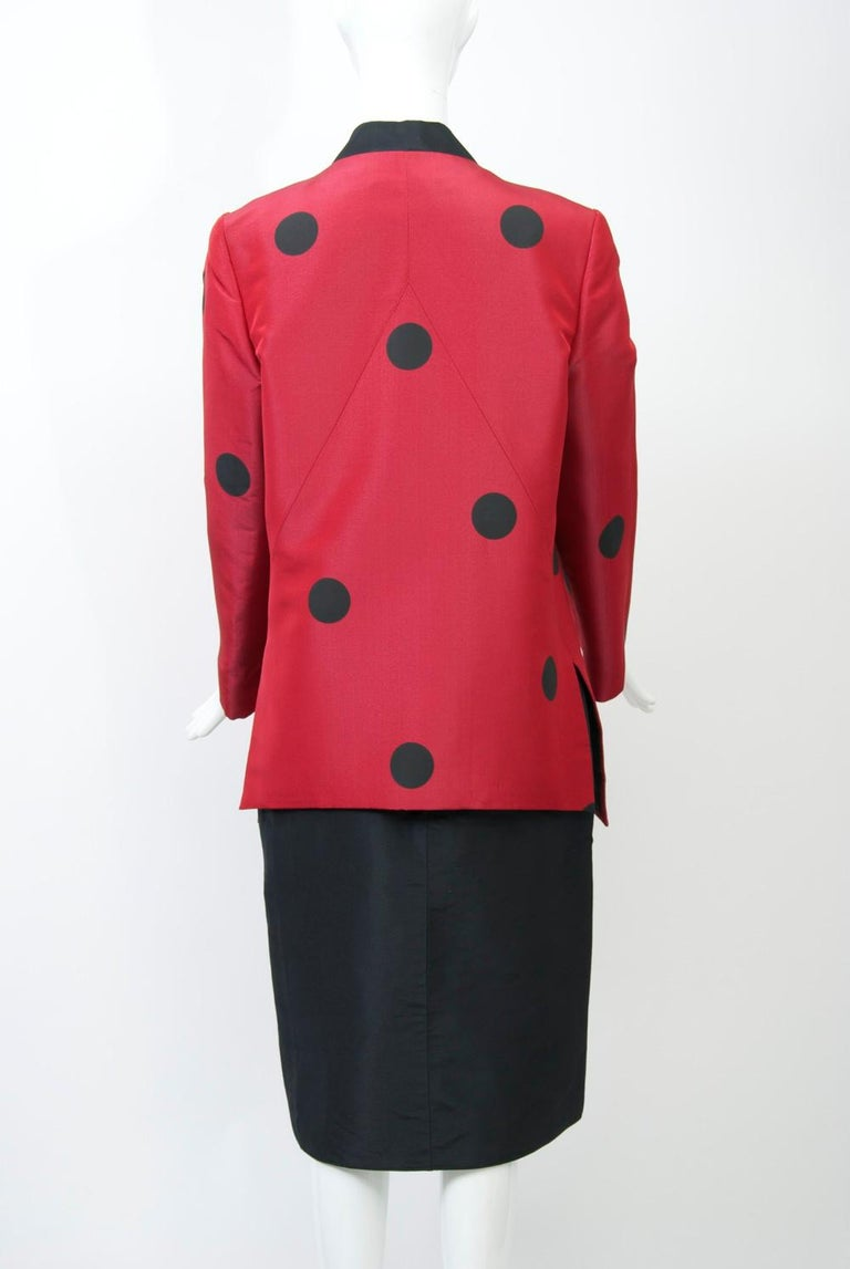 Geoffrey Beene Red and Black Silk Suit For Sale 2