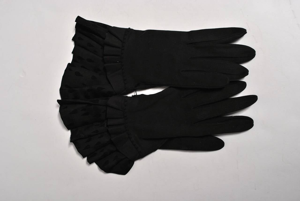 1940s Large Faille Clutch with Gloves 7