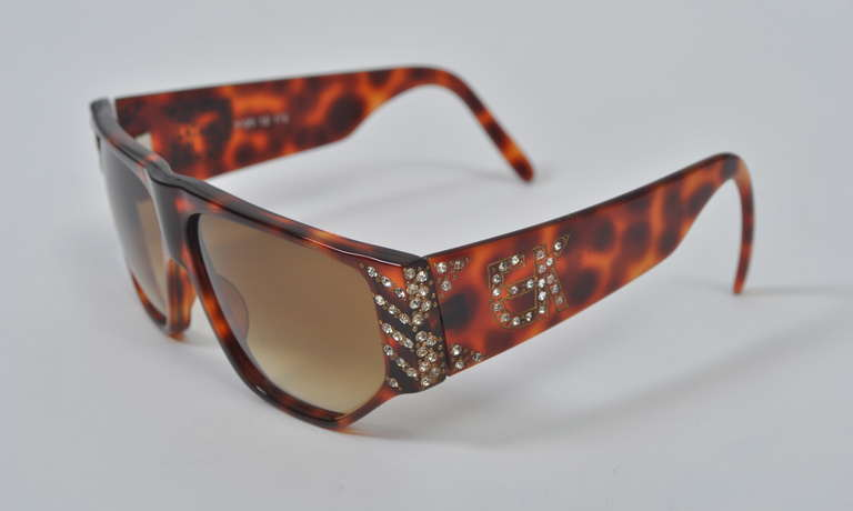 Emanuelle Khanh 1980s Tortoise and Rhinestone Sunglasses In Excellent Condition For Sale In Alford, MA