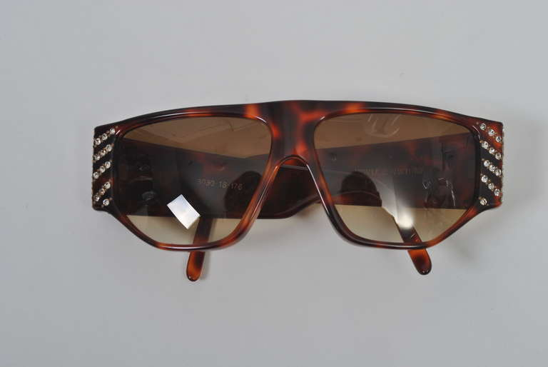 Emanuelle Khanh 1980s Tortoise and Rhinestone Sunglasses For Sale 3