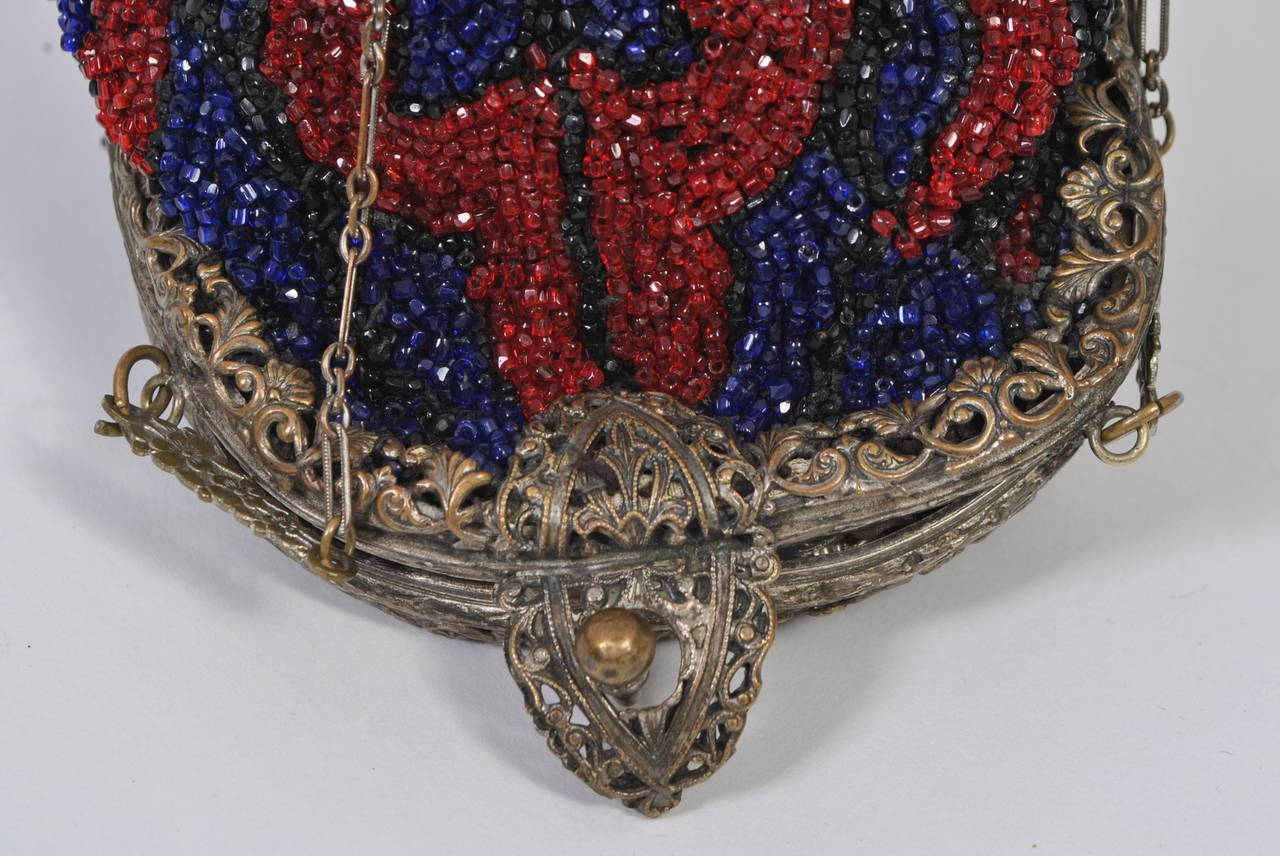 Women's 1930s Red and Blue Beaded Purse For Sale