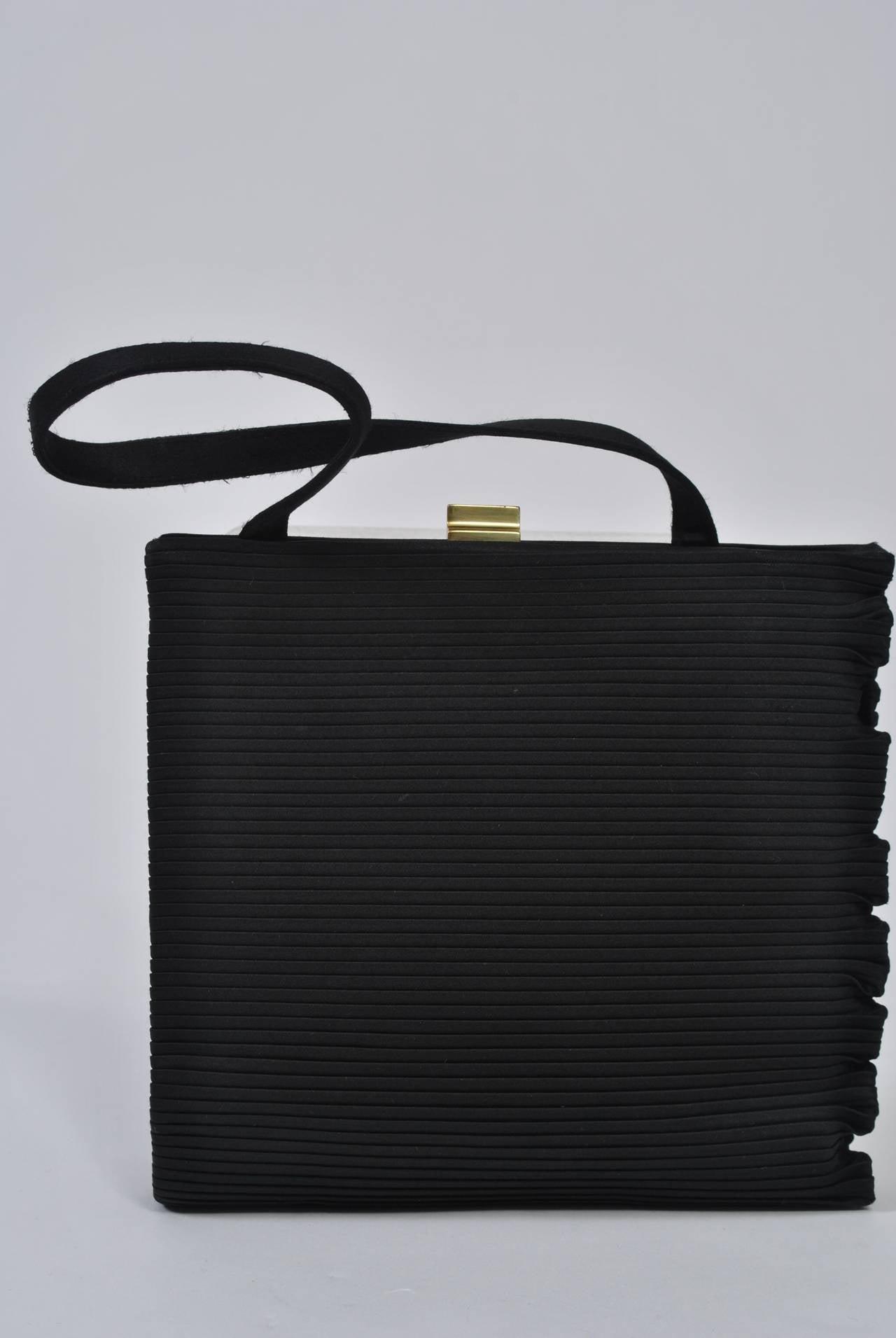 Black Ribbed Evening Bag For Sale 1
