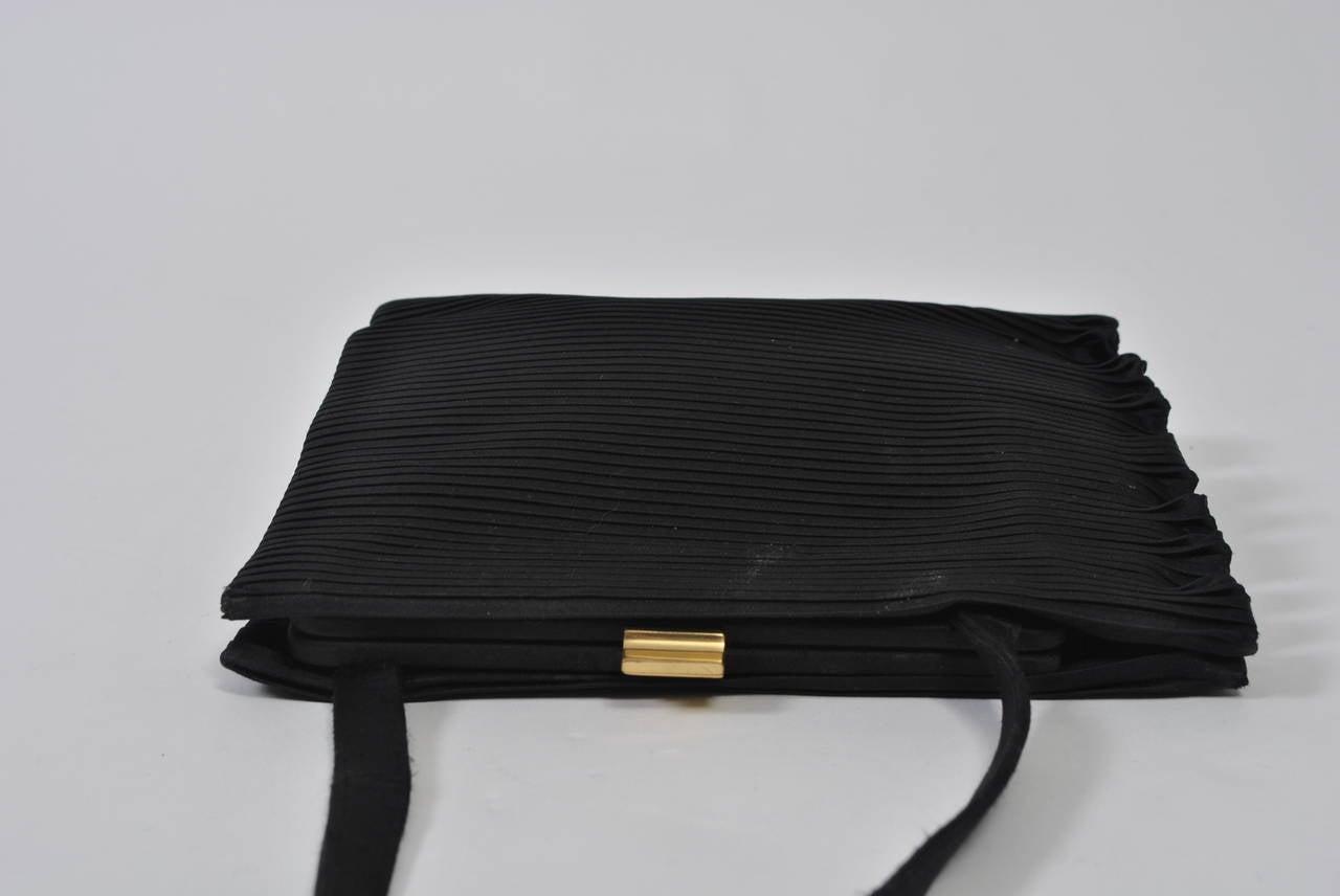 Women's Black Ribbed Evening Bag For Sale