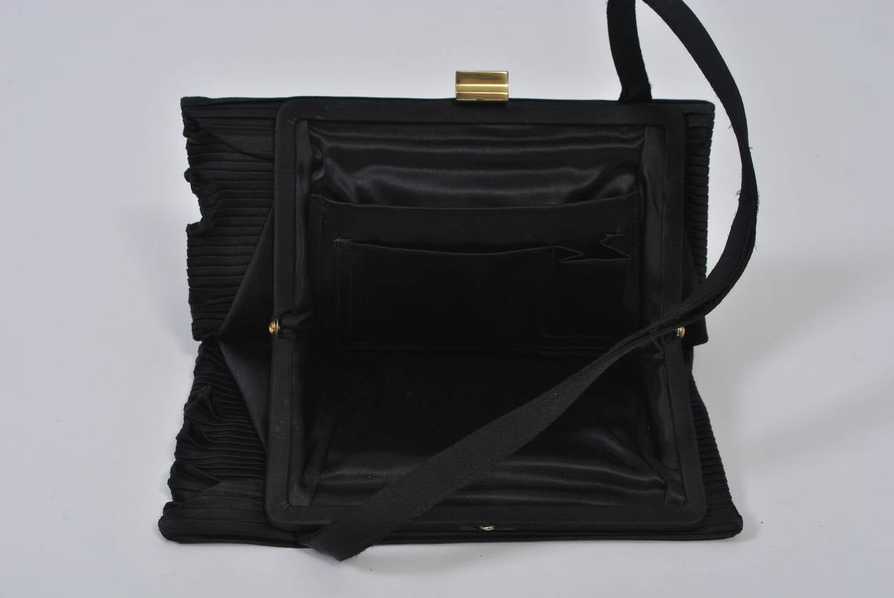 Black Ribbed Evening Bag For Sale 4