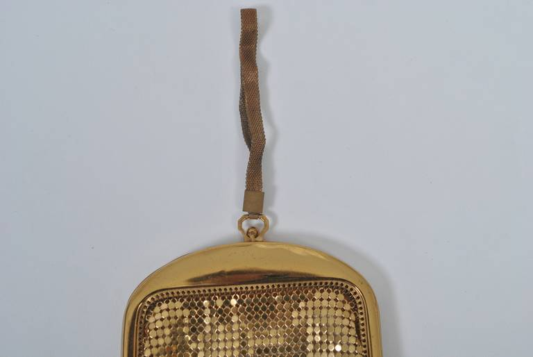 Whiting & Davis Gold Mesh Bag In Good Condition For Sale In Alford, MA